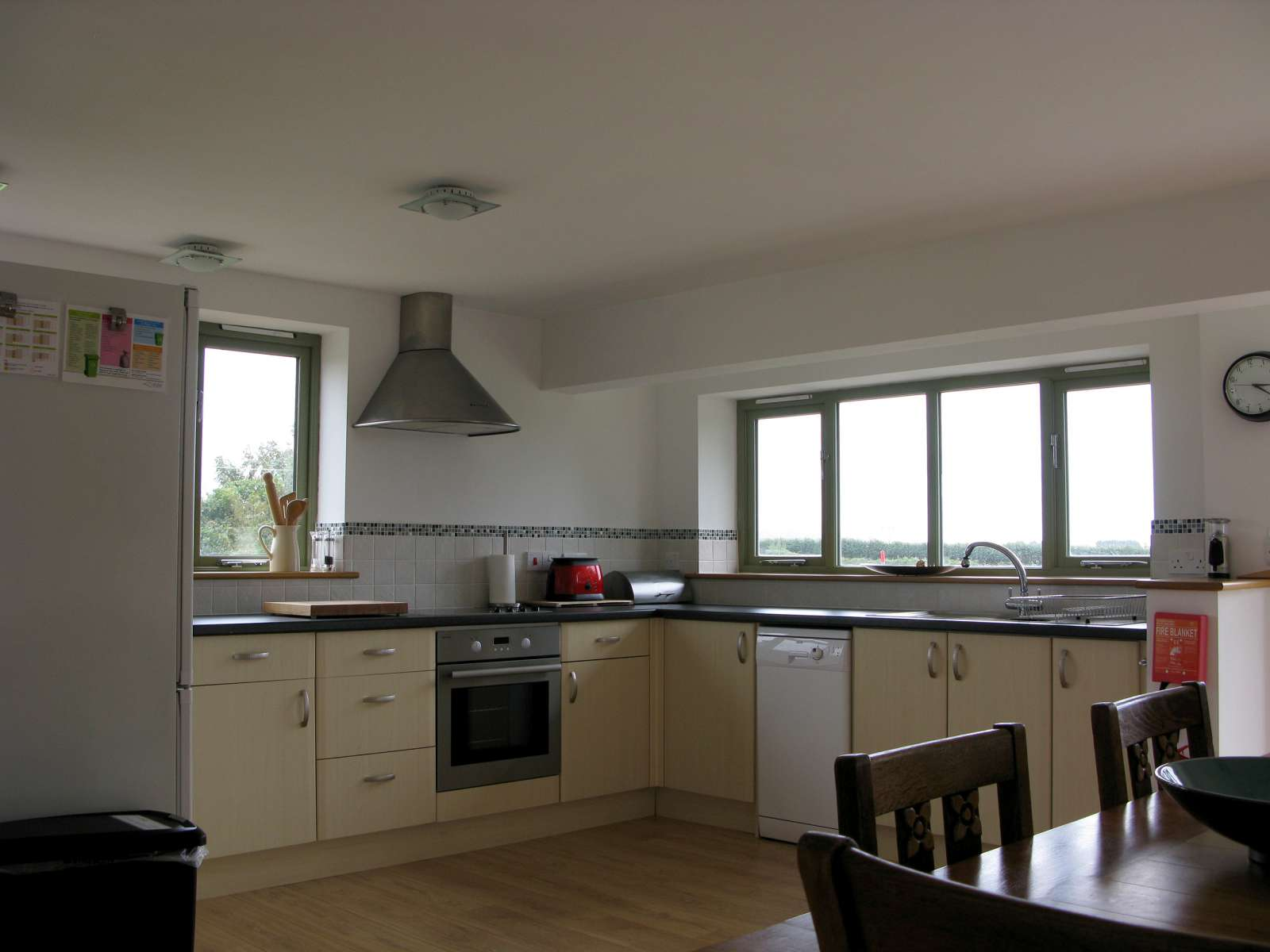 Holiday rental Cottage in Shorwell - Kitchen/Diner is fully equiped to make your stay home-from-home.