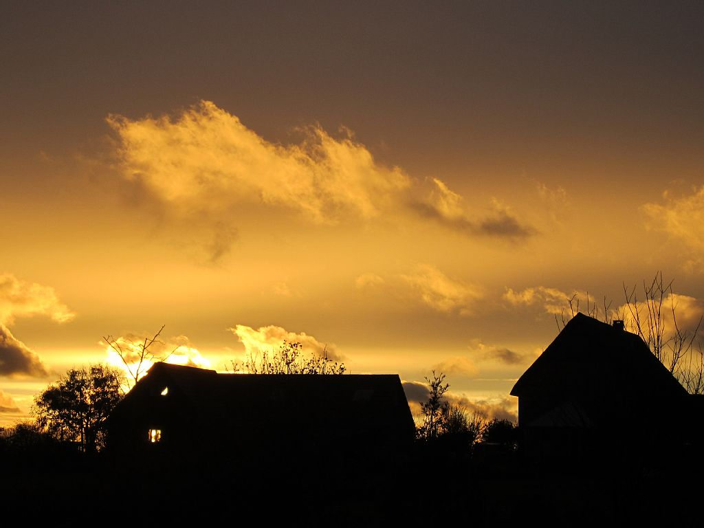Holiday rental Cottage in Shorwell - Sunset at The Barns