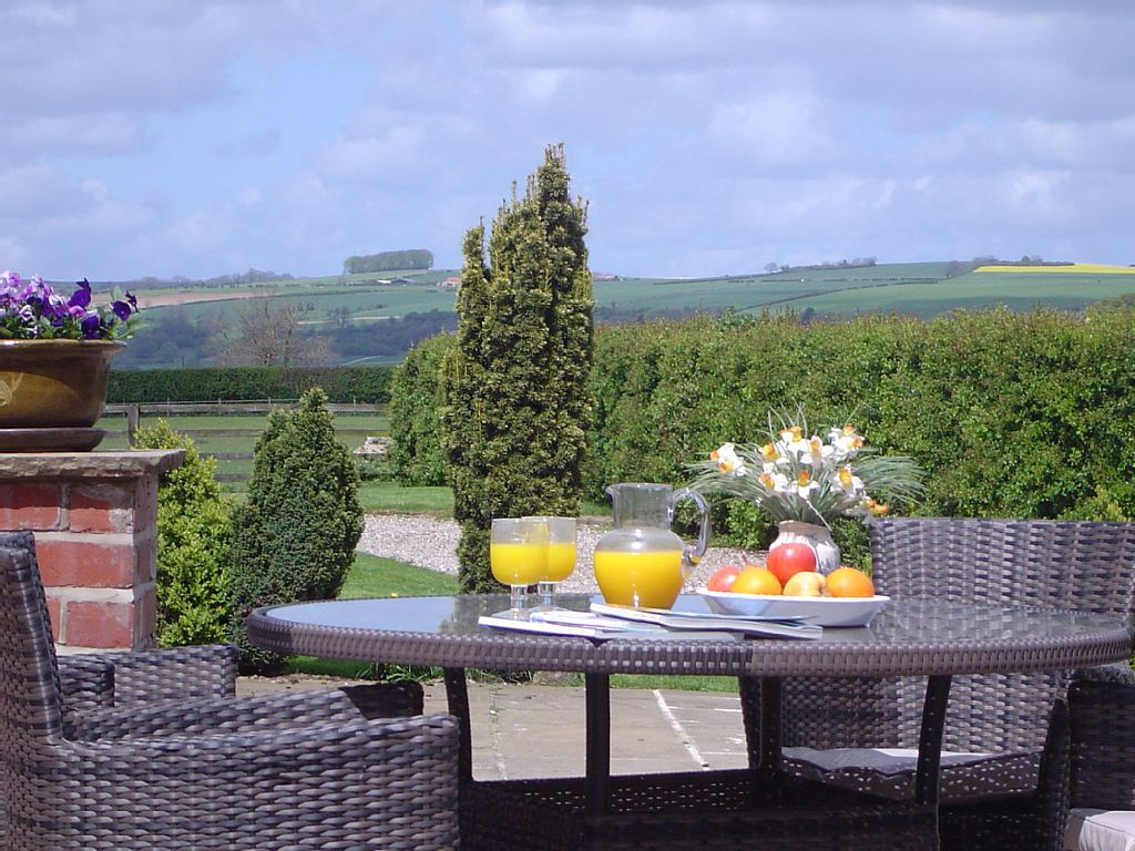 Peachy 2 Bedroom Sleeps 5 Holiday Cottage Pickering No Booking Download Free Architecture Designs Crovemadebymaigaardcom