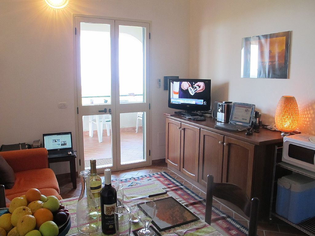 Simply Owners Direct Contact For This Apartment In Capo Vaticano # Meuble Tv Hi Fi Style Bord De Mer