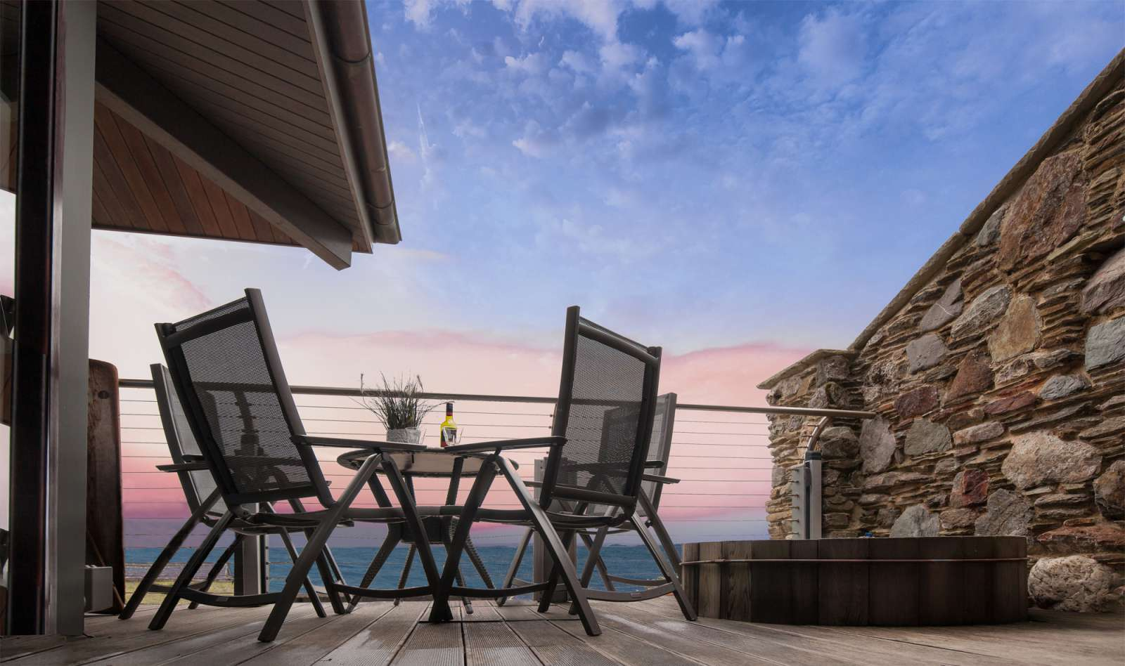 Excellent 3 Bedroom Sleeps 7 House In Looe No Booking Fees P87244 Download Free Architecture Designs Remcamadebymaigaardcom